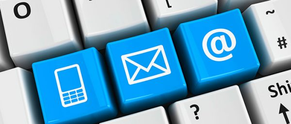 Chatbot o email confronto